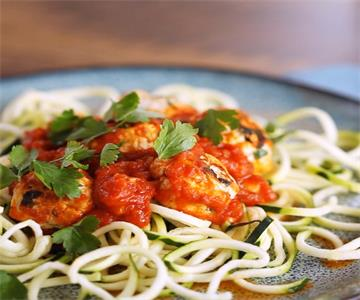 best Chicken Meatballs With Courgetti recipe