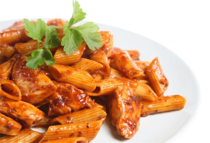 delicious Chicken with Chorizo and Chilli Sauce recipe