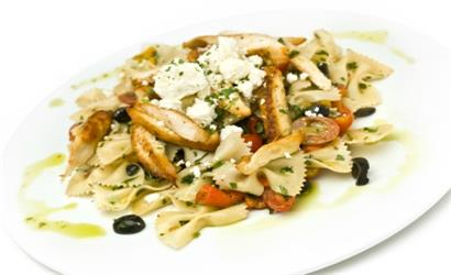 Chicken with Pasta, Rocket and Pine Nuts